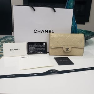 💯 Chanel lambskin classic flap wallet 💖💖